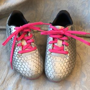Brava Soccer shoes